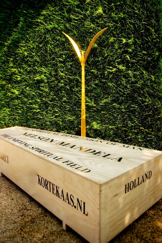 4e Gouden Plant, Mandela, kunstproject The Unifying Field, Gouden Plante, Zaailing, Vredesproject, Quantum Art, Kunstenaars Adelheid & Huub kortekaas, Winssen,