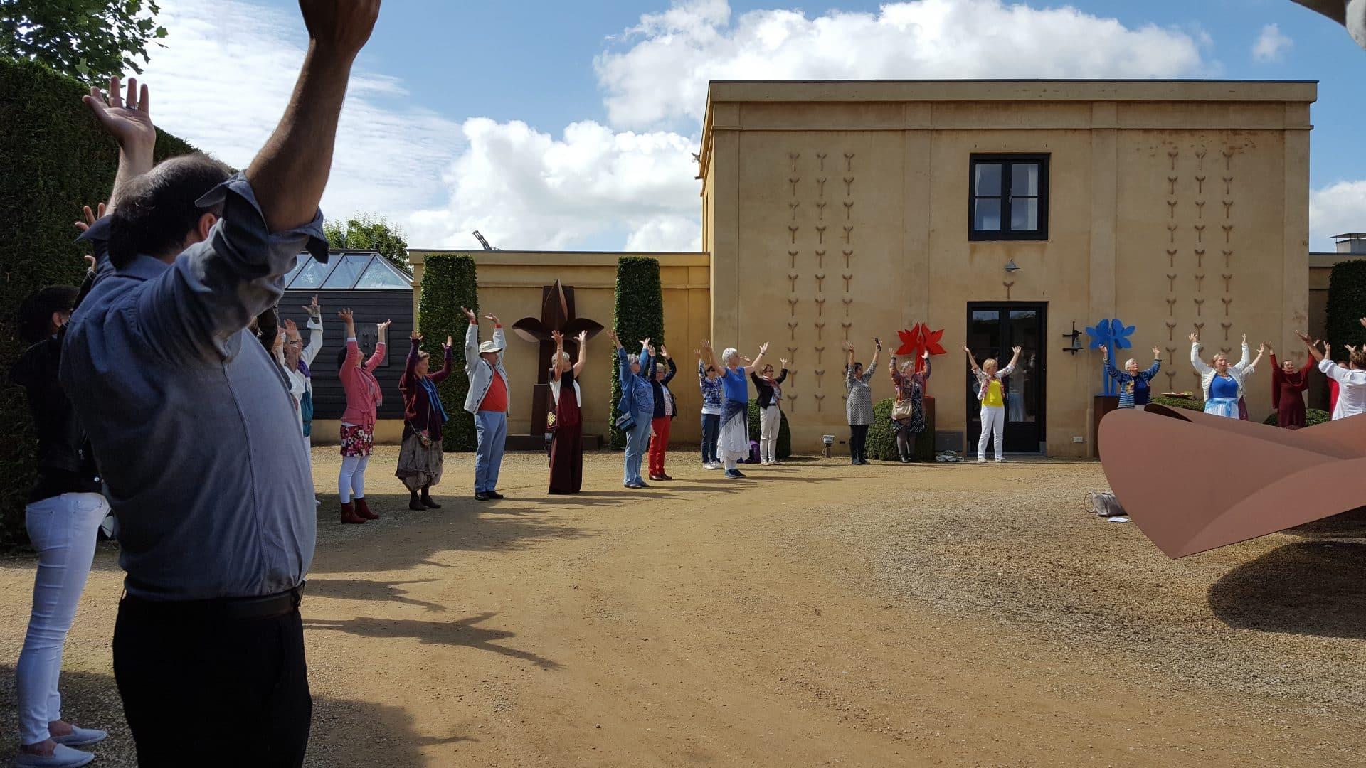 Female Energy Event, Tempelhof, Winssen, Adelheid en Huub Kortekaas, vrouwen energie, Oprah, Diadans o.l.v. Anneke Witterman